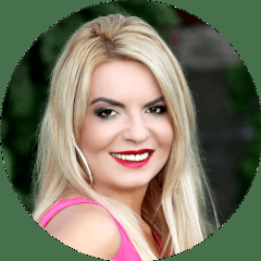 Andrea Hinkova-Tarová